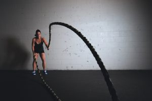 workout with battle ropes